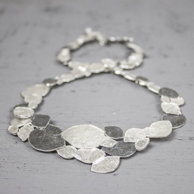 19088 - Jeh Collier zilver oxy + wit